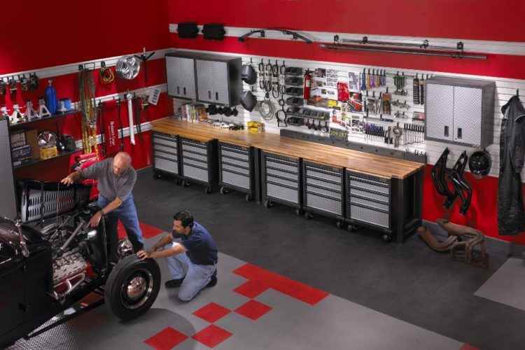 Top Tips to Tackle Garage Organization